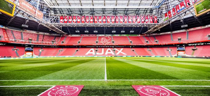 Johan Cruijff Arena Tour toegankelijker voor internationale fans door innovatieve Nubart audio guide