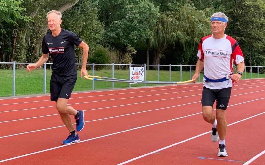 AXIWI helpt visueel beperkte hardlopers van Running Blind veiliger te sporten