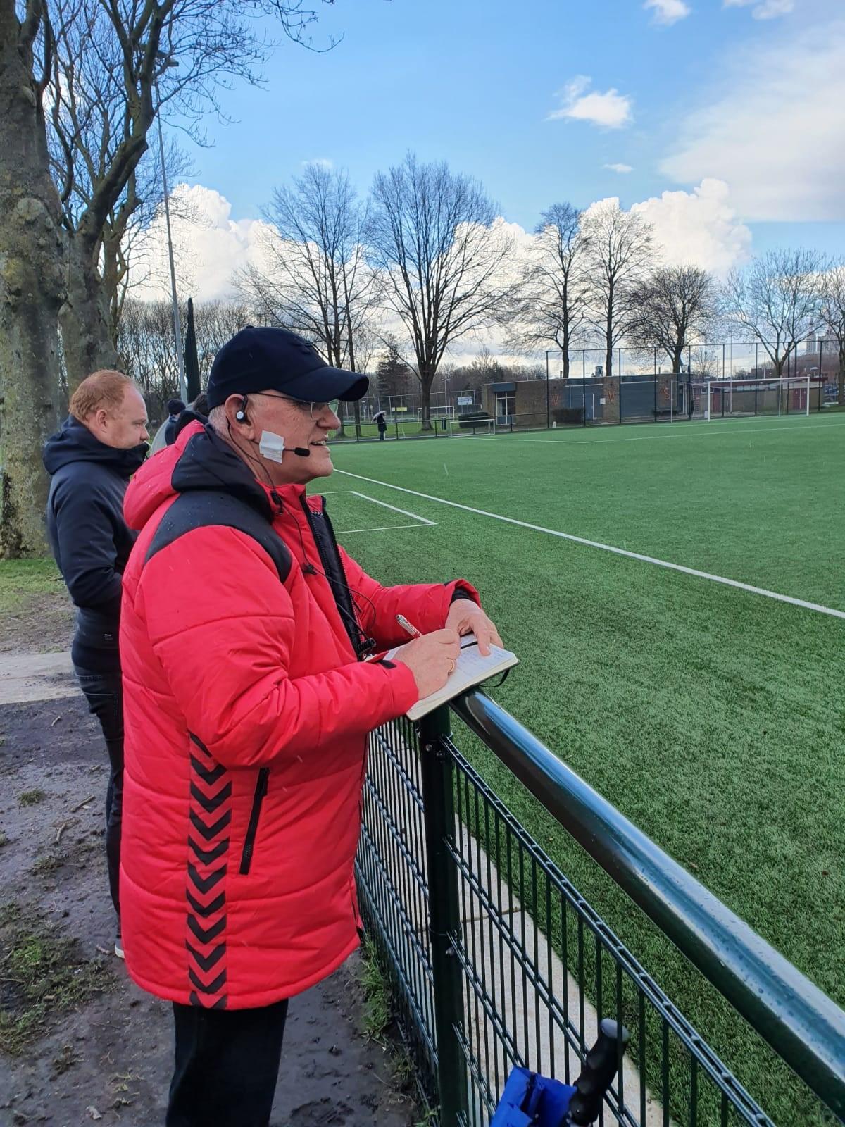 svdu-headset-coaching-coach
